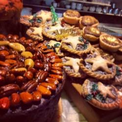 Festive Treats & Candlelit Crafts at Alf's